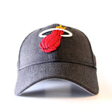 New ERA Miami HEAT Heather Crisp Snapback - 1