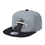Mitchell & Ness Cropped XL Snapback - 1