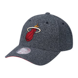 Mitchell & Ness Miami HEAT Heathered Snapback - 1