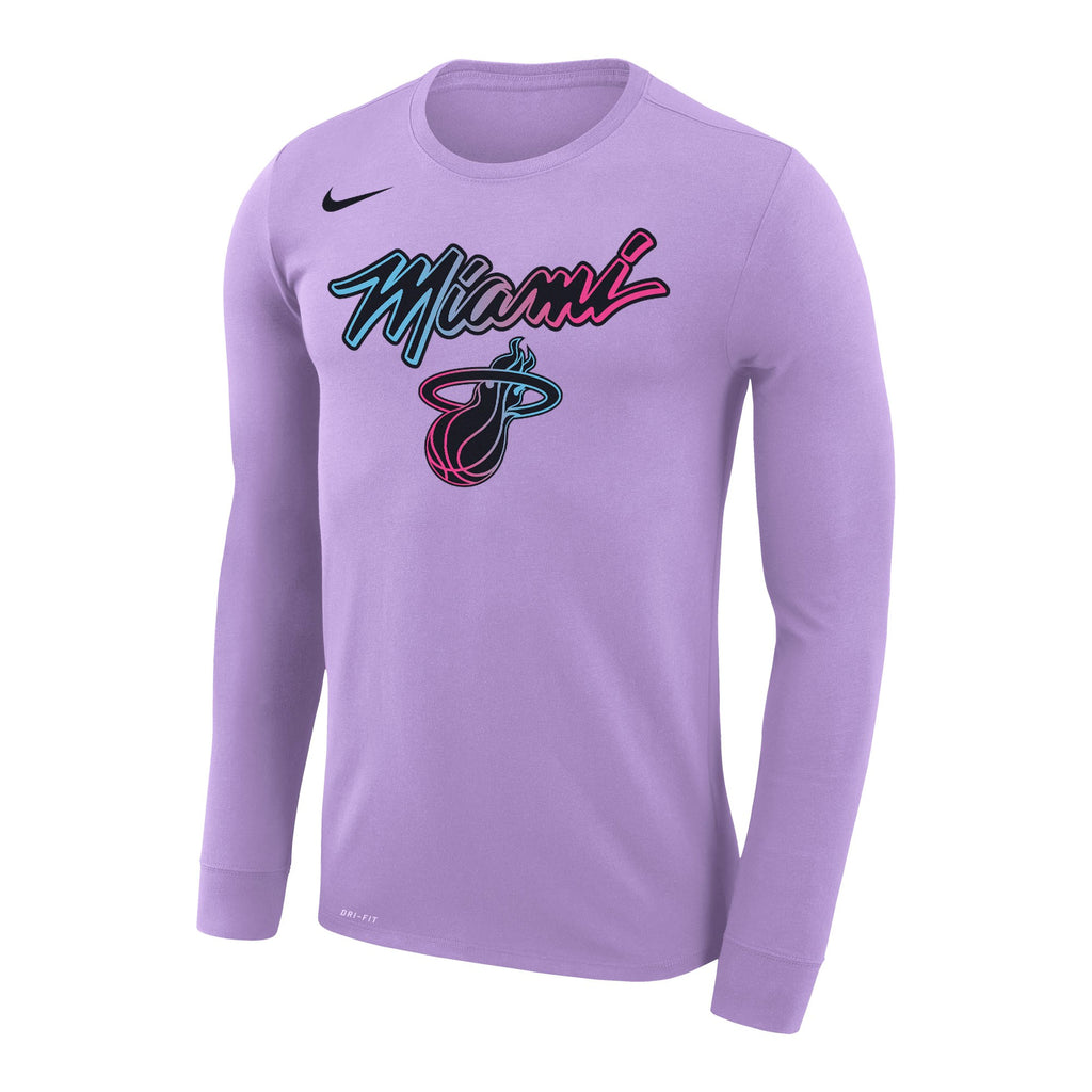 Nike ViceVersa Legend Long Sleeve Tee - featured image