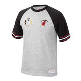 Mitchell & Ness Dwyane Wade Short Sleeve Team Captain Tee - 1