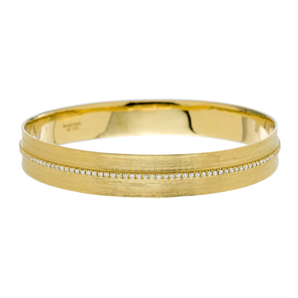 Hannah Bangle Yellow Gold Diamonds