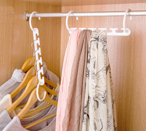 4 Pack Magical Space-Saving Strong Plastic Hangers - SuperShopSale.com