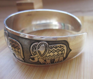 Metal Tibetan Silver vintage retro Fashion Cuff Bracelet Bangle (Free Shipping) - SuperShopSale.com