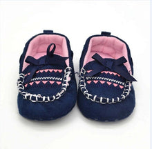 Load image into Gallery viewer, Baby First Walk Soft Shoes