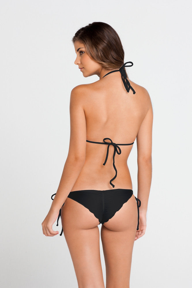 COSITA BUENA  WAVEY TRIANGLE BIKINI TOP - Black