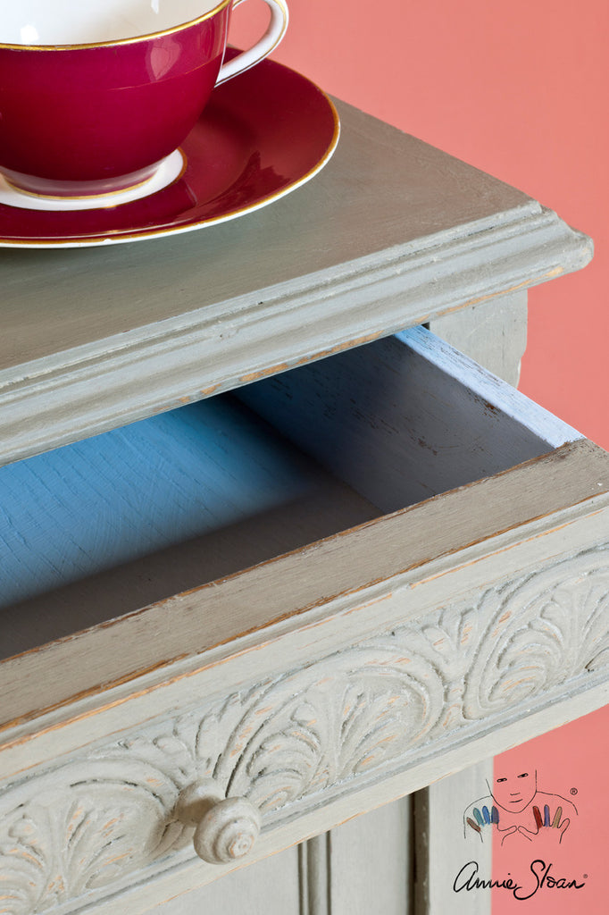 Annie Sloan Chalk Paint™ French Linen