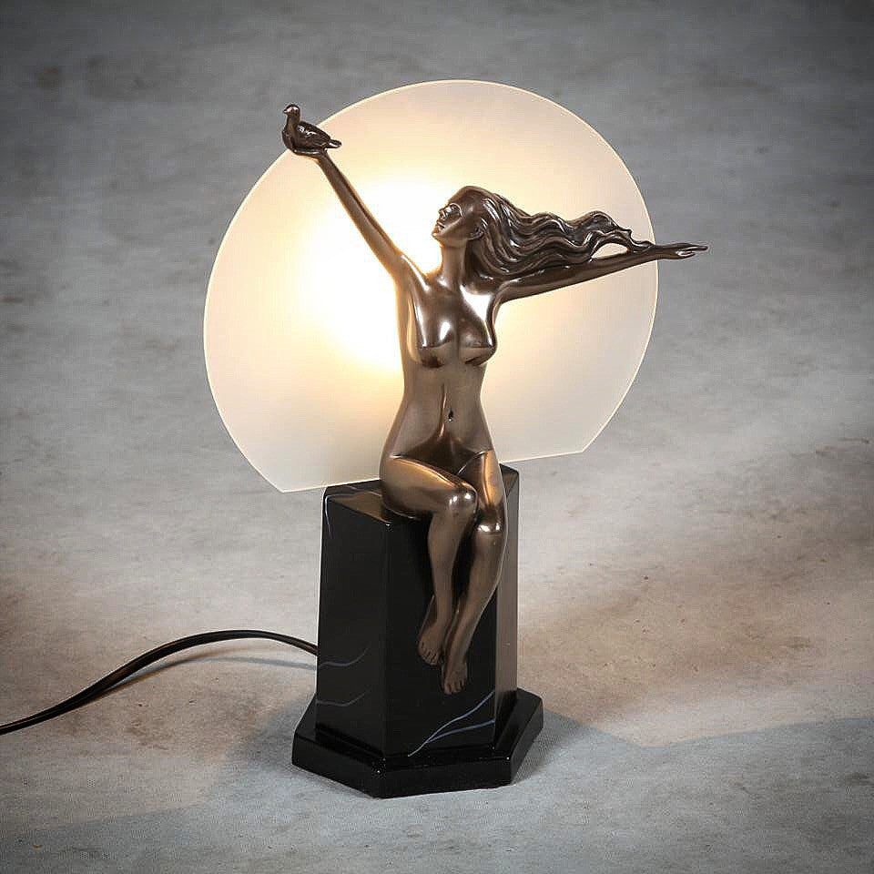 Art Deco Lady Table Lamp