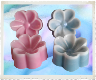 Pansy Flower Soap - Granny Kate's