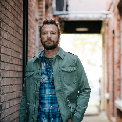 Desert Son Holiday Photo Shoot with Dierks Bentley