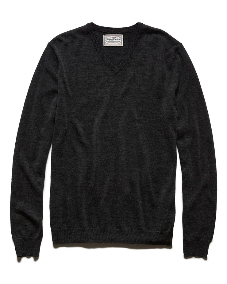 GRAYLAND V-NECK PULLOVER SWEATER