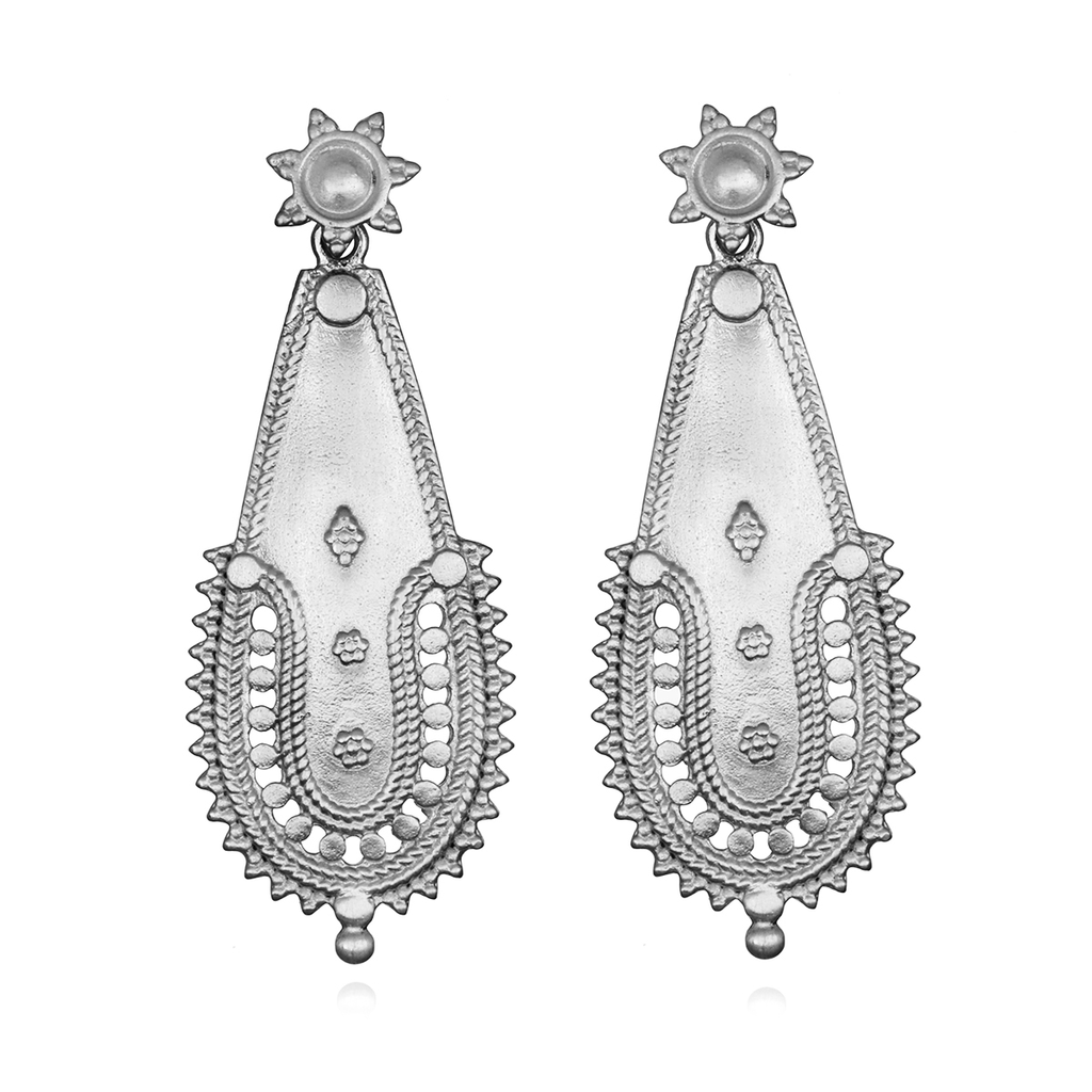 Classic Elegance Silver Earrings - Satya Jewelry