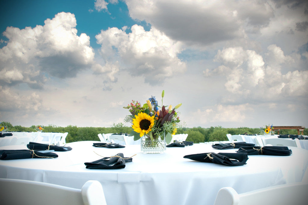 Tips for Your Wedding Reception: Choosing Centerpieces