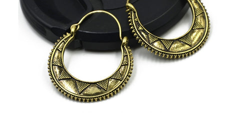Unxantathu Earrings