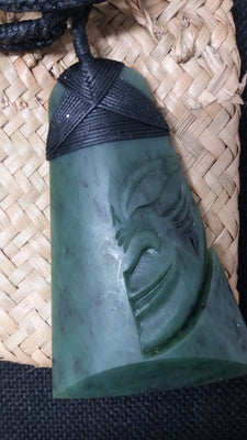 Greenstone Jade Toki Half Head Bound 10cm