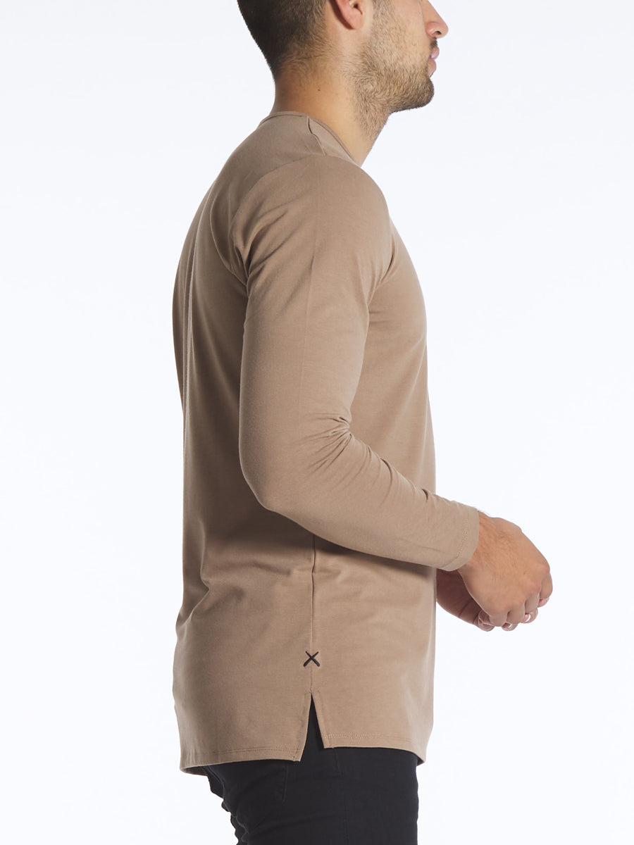 Saddle L/S Henley Split-Hem