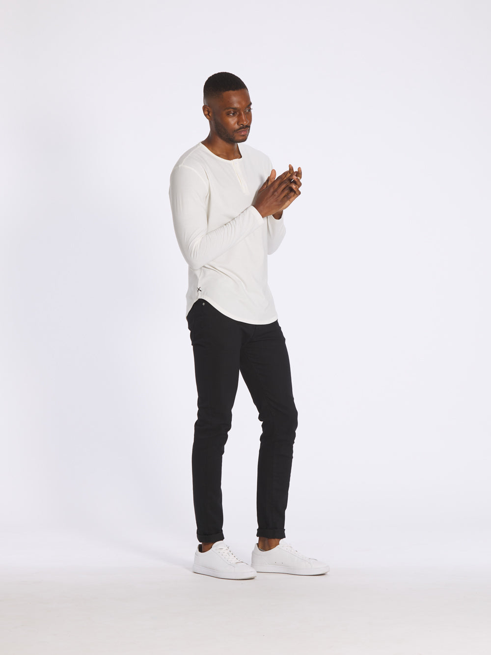 [info]--Tyheem is 6'1 and wears a size M