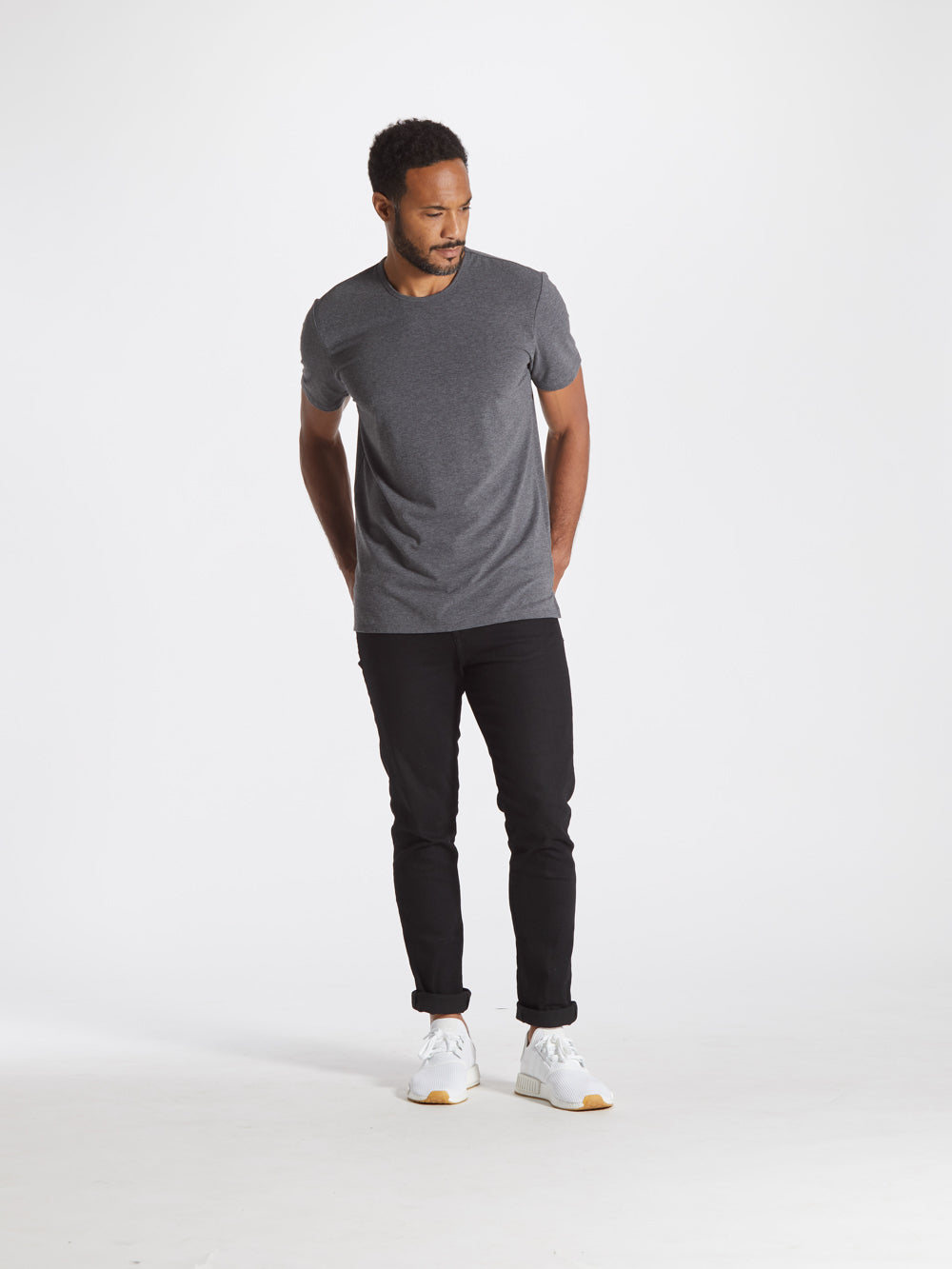 [info]--Mykee is 6'0 and wears a size L