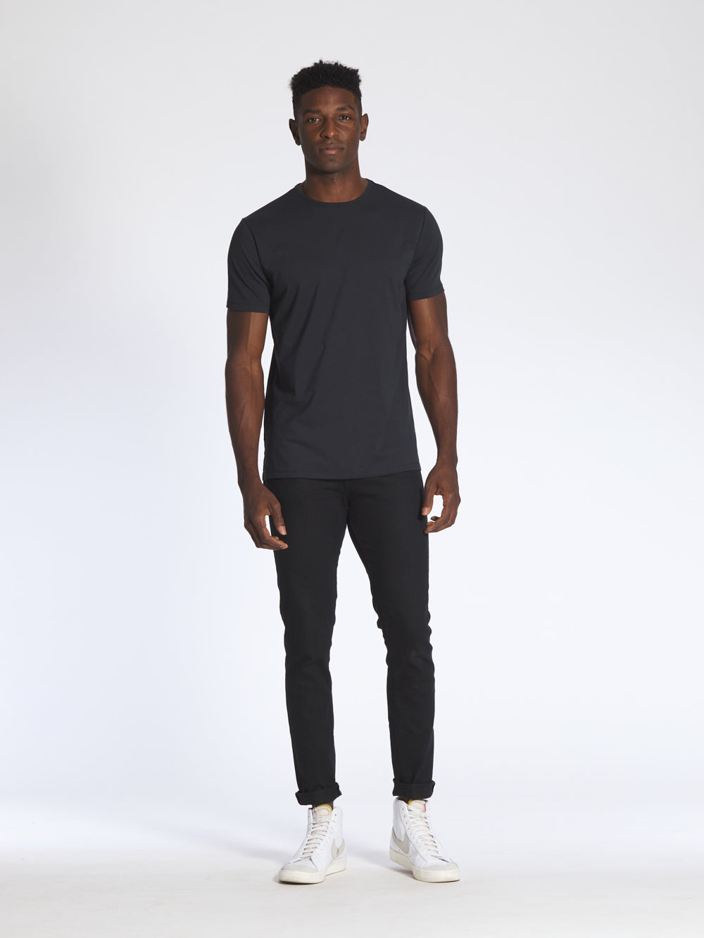 [info]--Jamal is 6'2 and wears a size L