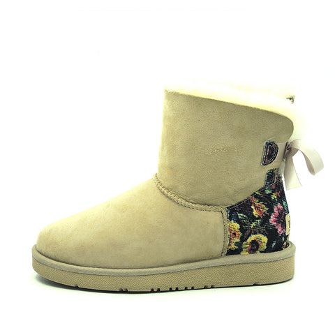 Fleur Back Bow Short Ugg Boot - Sand