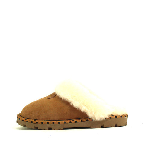 Spotted Sheepskin Wool Scuff - Chestnut