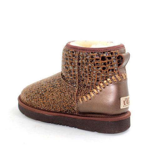 Leather Short Ugg Boot - Stone