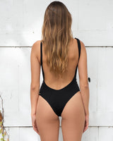 INDIE SUIT IN BLACK