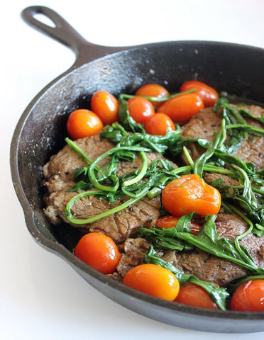 Paleo Sautéed Steak with Tomatoes & Rocket Recipe paleochoice