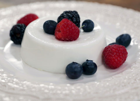 https://www.paleochoice.co.nz/blogs/recipes/paleo-coconut-panna-cotta