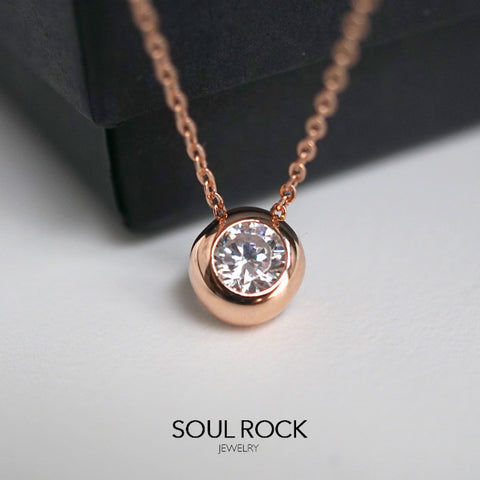 Bezel Solitaire necklace