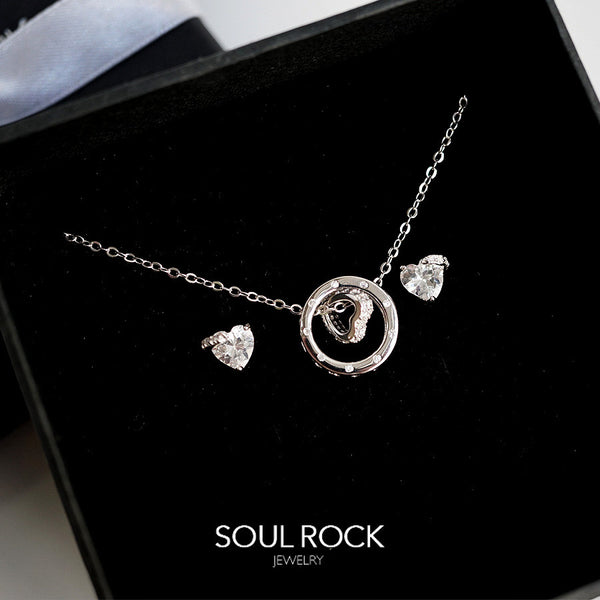 pave heart set