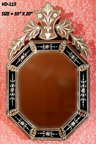 Black Alluring Wall Mirror VD-113