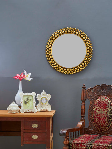 Metal Frame Accent Wall Mirror VDSM-52