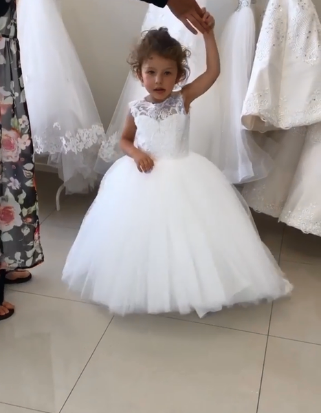 Tulle and Lace Flower Girl Dresses FG0060 - LaRovias