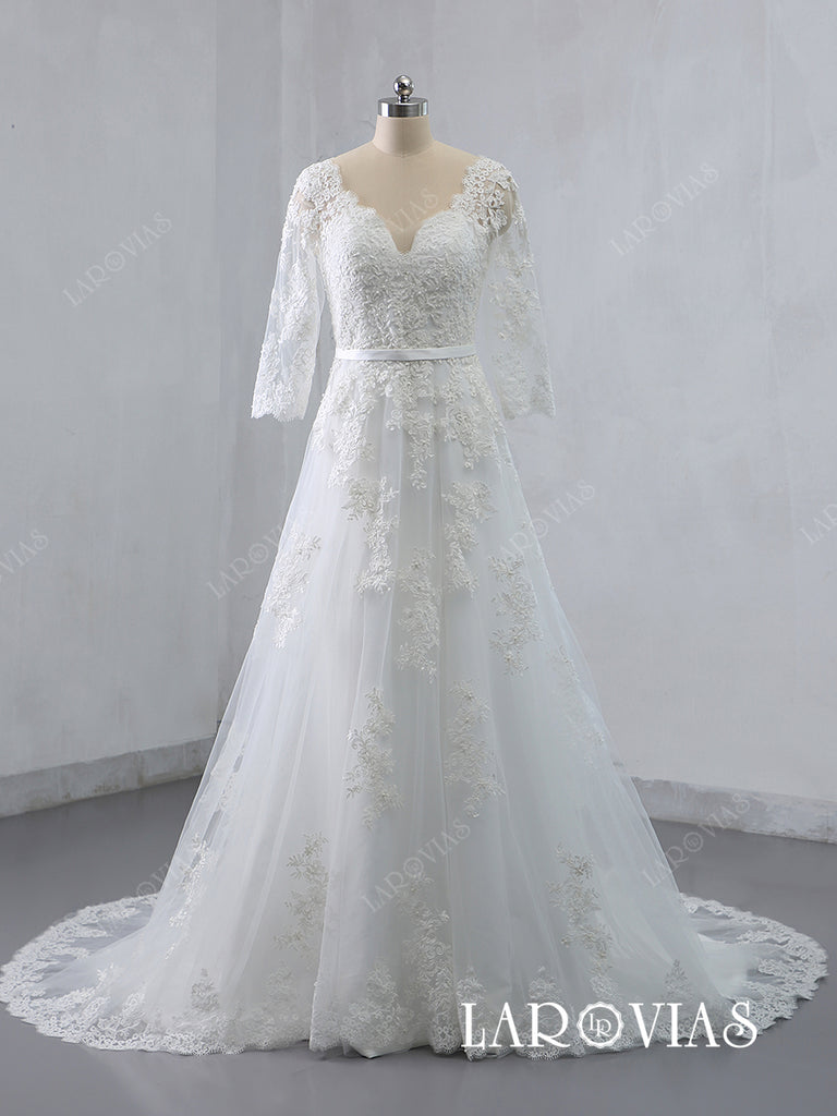 Lace Wedding Dresses Bridal Gowns Long Sleeves Chapel Train LR042 - LaRovias