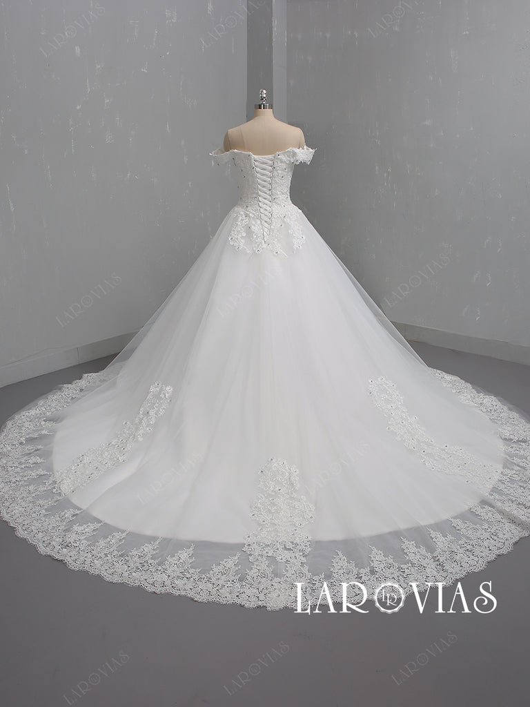 Ivory Off the Shoulder Lace Wedding Dress Chapel Train LR092 - LaRovias