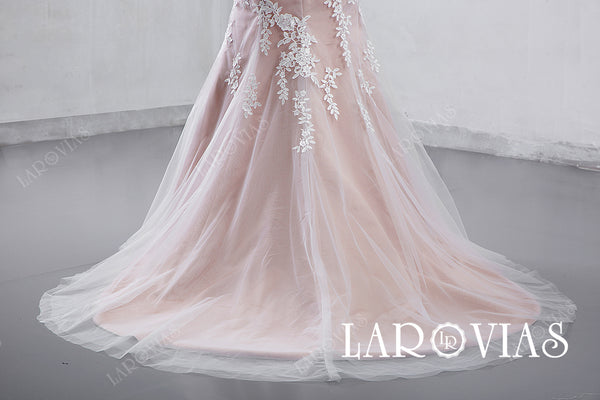 2019 New Arrival Mermaid Lace Wedding Dress Bridal Gown with Cap Sleeves LR008 - LaRovias