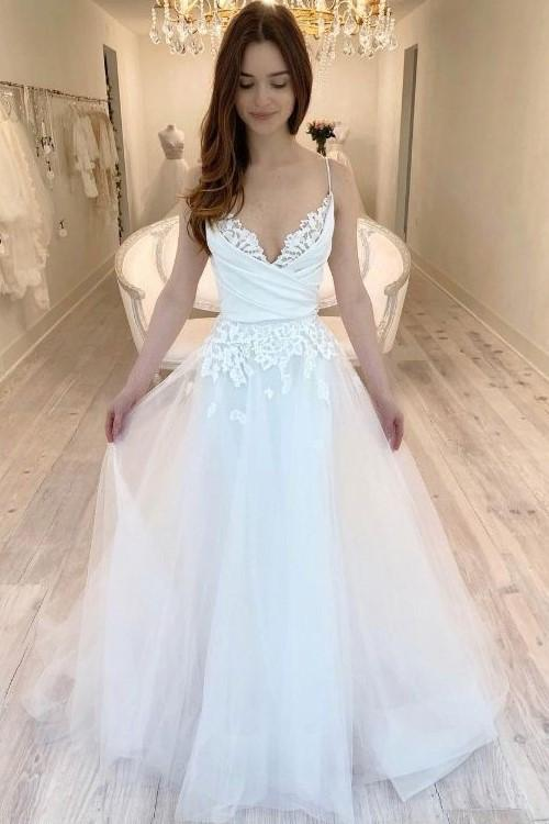 Lace and Tulle Wedding Dress Bridal Gown with Spaghetti Straps LSY058 - LaRovias