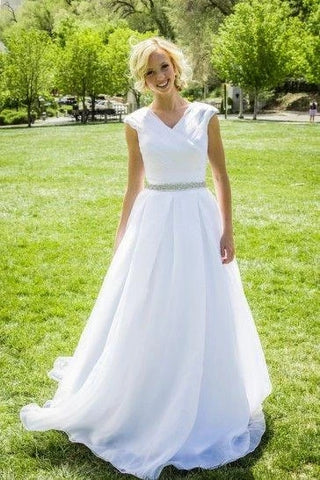 A Line Chiffon Wedding Dress Bridal Gown with Beaded Belt LSY096 - LaRovias