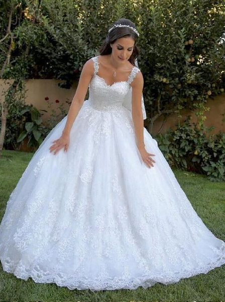 A Line Lace Wedding Dress Sweetheart Neckline with Lace Straps LSY113 - LaRovias