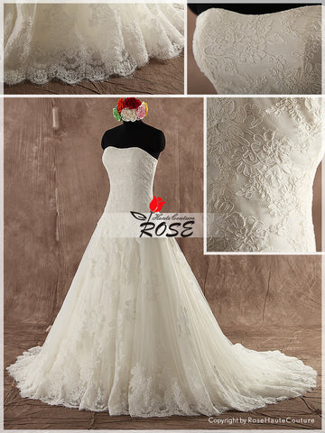 Strapless Curved Sweetheart Lace Wedding Dress Corset Back Chapel Train Style WD112 - LaRovias