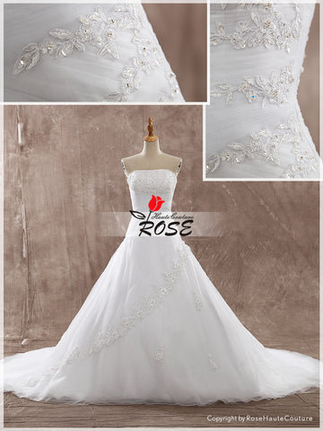 Strapless Ball Gown Tulle and Lace Wedding Dress Lace Up Back Chapel Train Style WD143 - LaRovias