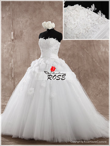 Strapless Ball Gown Wedding Dress Tulle Skirt Organza Flower Lace Up Back Style WD150 - LaRovias