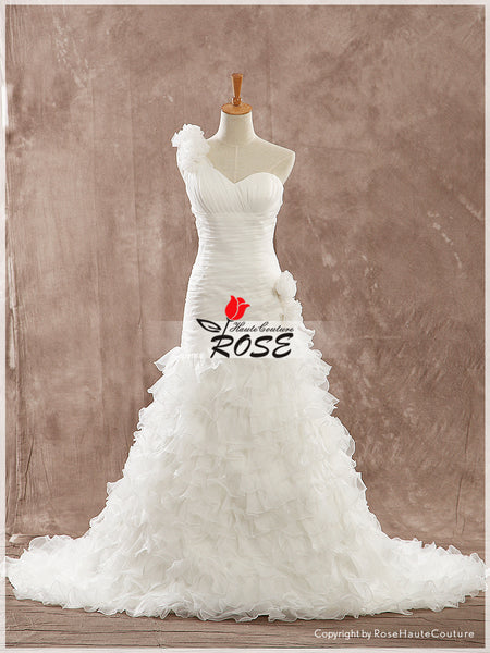 One Shoulder Sweetheart Organza Wedding dress Ruffles Skirt Lace Up Back Style WD169 - LaRovias