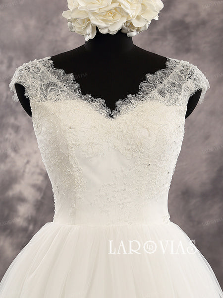 Sleeveless Sweetheart Lace Strap Applique Bodice A Line Tull Skirt Bridal Dress Chapel Train Lace Up Back Wedding Dress Style WD221 - LaRovias