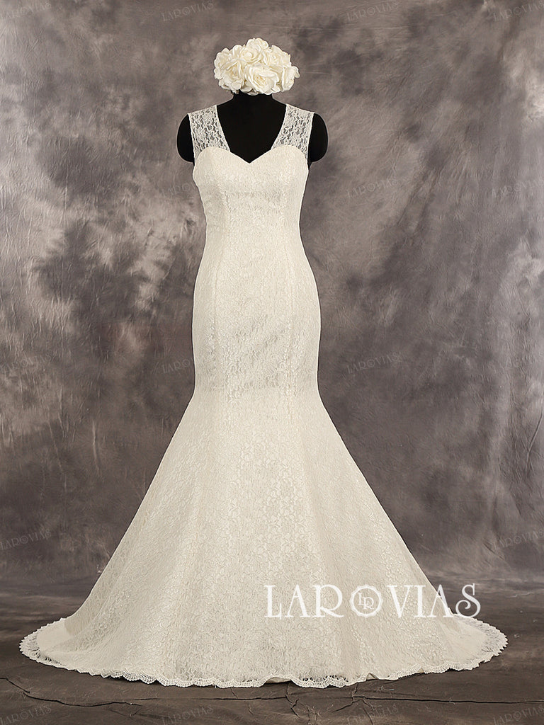 Lace Mermaid Sleeveless Sweetheart Neckline Lace Straps Buttons Up Back Wedding Dress Chapel Train Style WD232 - LaRovias