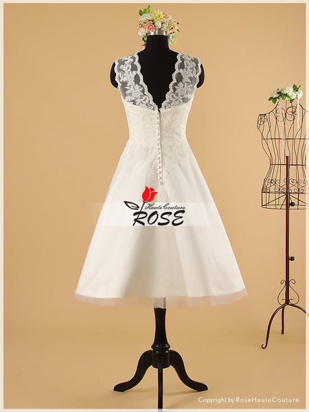 Knee Length Sweetheart Lace Wedding Dresses Style WD056 - LaRovias