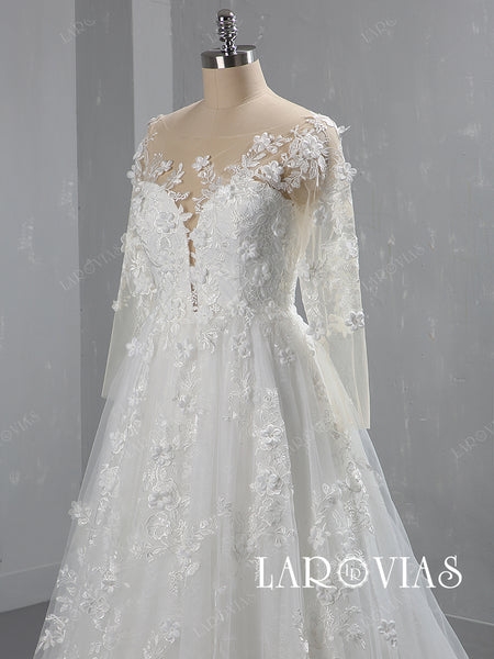 2019 Lace and Tulle Wedding Dress Handmade Flowers Long Sleeves Chapel Train LR068 - LaRovias
