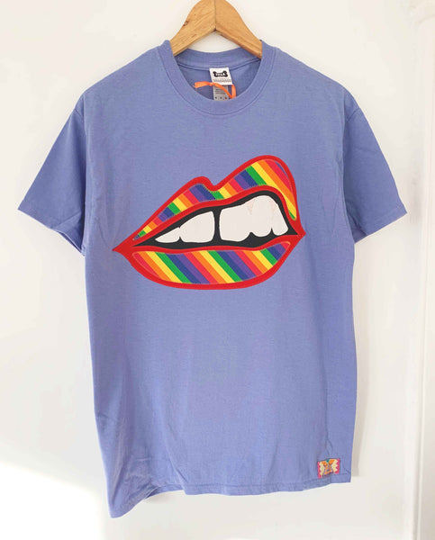 Size M Limited Edition Bite Back Appliqué Tee in Rainbow