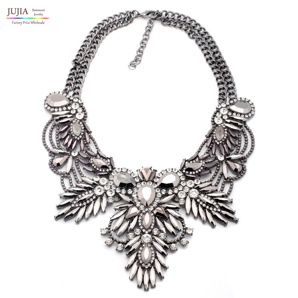 4 colors good quality  NEW style Fashion Vintage Unique collar pendant Chunky Necklace Statement Jewelry for Women necklace White 4-colors-good-quality-new-style-fashion-vintage-un